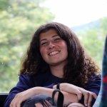 Ľudmila Slivová (16), mladá reportérka a účastníčka misie počas presunu autobusom z obce Hostětín.