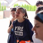 """Mária """"Maruška"""" Jánošíková (18), mladá reportérka a účastníčka misie pri výrobni spoločnosti Farmárik."""